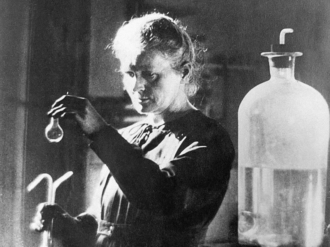 How Well Do You Know These Famous Scientists?
